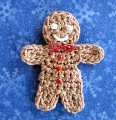 Free Crochet Pattern For Gingerbread Man : BellaCrochet: Little Gingerbread Boy and Girl; a free ...