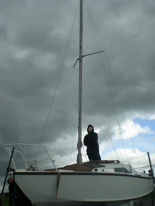 wodowanie - jeszcze na ladzie   LAUNCHING Tarrea Quay Kinvarra Bay  15/06/2008