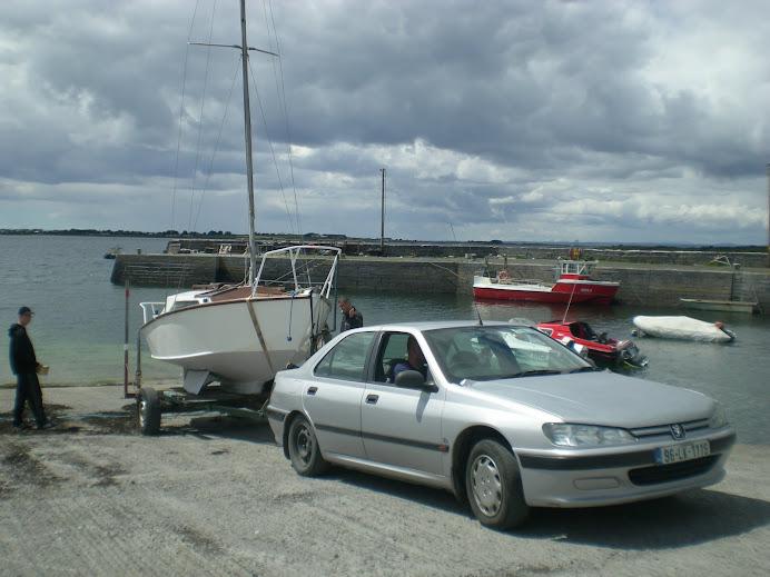 juz prawie w wodzie    LAUNCHING Tarrea Quay Kinvarra Bay  15/06/2008