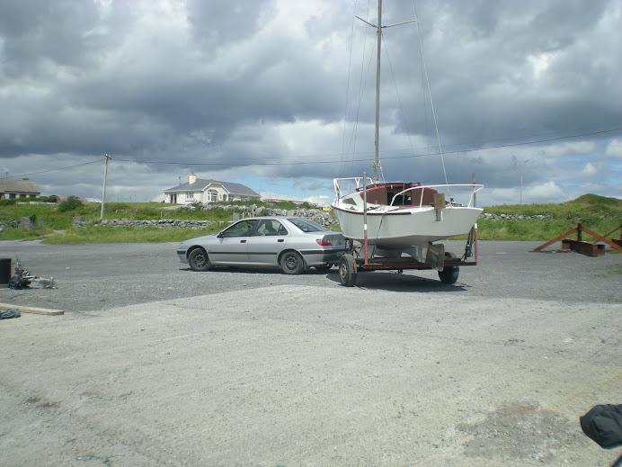 wodowanie - zjazd do wody (-:   LAUNCHING Tarrea Quay Kinvarra Bay  15/06/2008