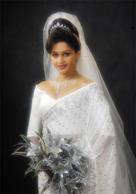 Color up your wedding wedding dresses for sri lankan brides for Sri lankan wedding dress