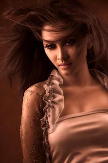 Foto Model Sexy Indonesia Yang Hot