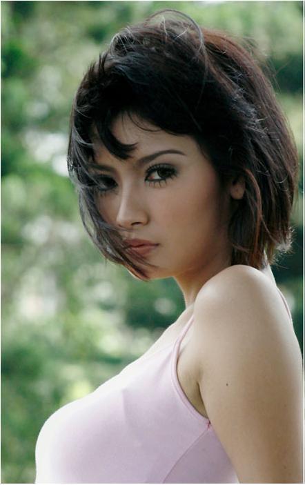 Hot Model Indonesia Bugil