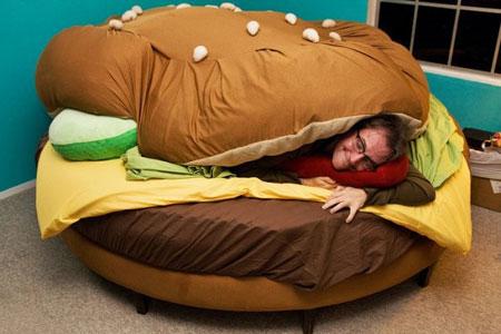 http://4.bp.blogspot.com/_JKeHOeO3wRk/TCCf7y5KCUI/AAAAAAAADWw/lVfGmb95tVU/s1600/bed-sleep.jpg