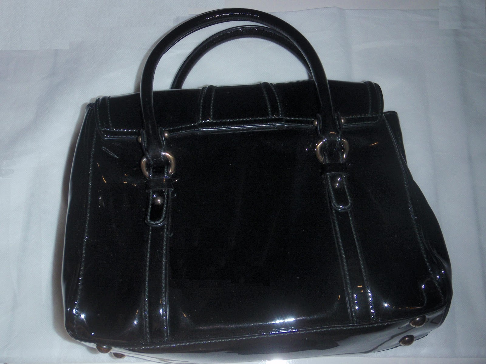 e carboot sale black salvatore ferragamo handbag. Black Bedroom Furniture Sets. Home Design Ideas