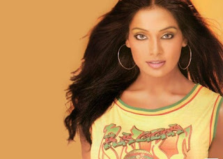 Bollywood Actress Wallpapers 08