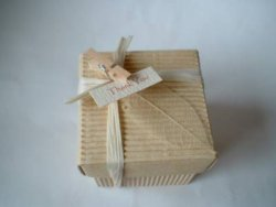 Corrugated Box with Leave
