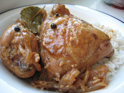 ... Kitchen: Adobong Manok/ Chicken Adobo (Filipino Vinegar & Garlic Stew