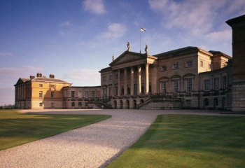 [Kedleston-Hall-full+view.jpg]