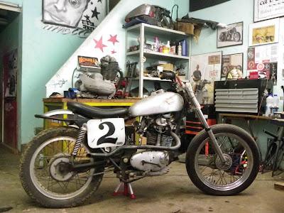 Ducati - Trackers - Page 2 Sideburn+Ducati+Rat+Road+2