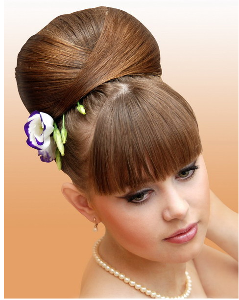 Elegant Hairstyles with Flowers. bulk out which hairstyle would accouterment