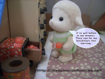 Sylvanian Families Story - Sheepie again took her lollie as his breakfast.