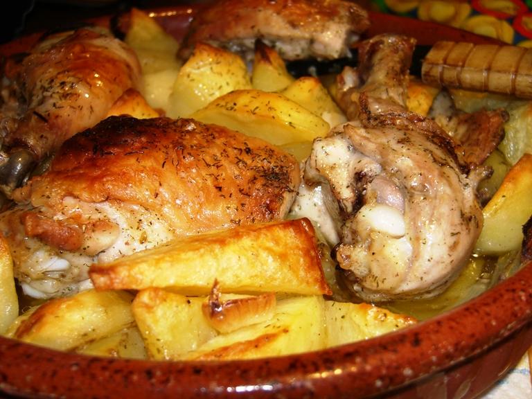 Imagini pentru cartofi cu carne