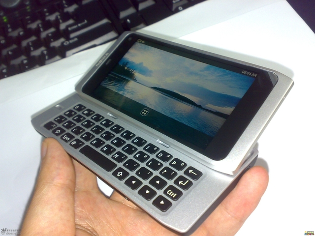 Nokia N9 Could Just be the First Ever MeeGo Phone