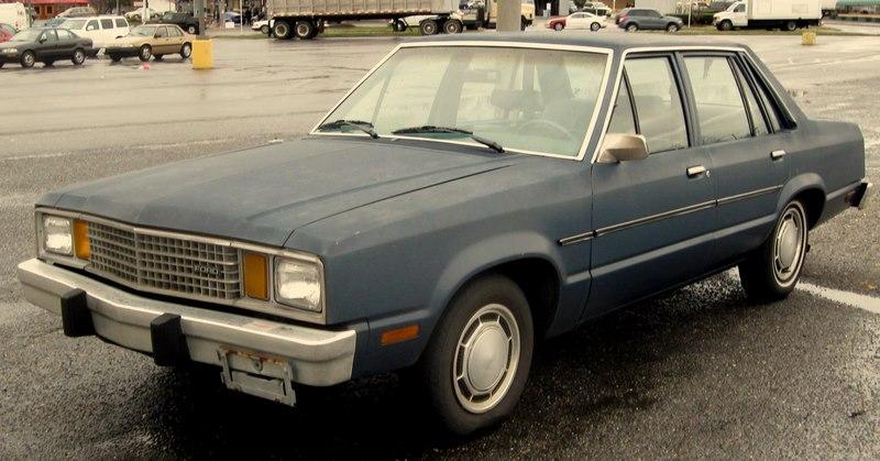 Ford_Fairmont_sedan_2.jpg