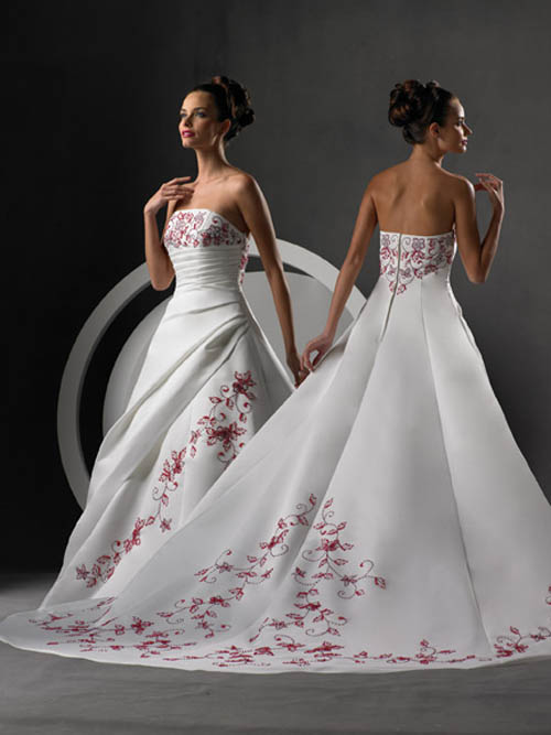 Wedding organizer hot trends 2009 spring wedding dresses for Dresses for spring wedding
