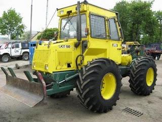 Utilaj Forestier LKT 50 TURBO 2 726621 Utilaj Forestier Tractoare Forestiere cu lama si troliu pentru busteni second hand import LKT 50 2002 34.000