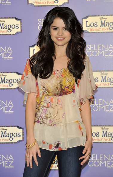 selena gomez haircut 2011