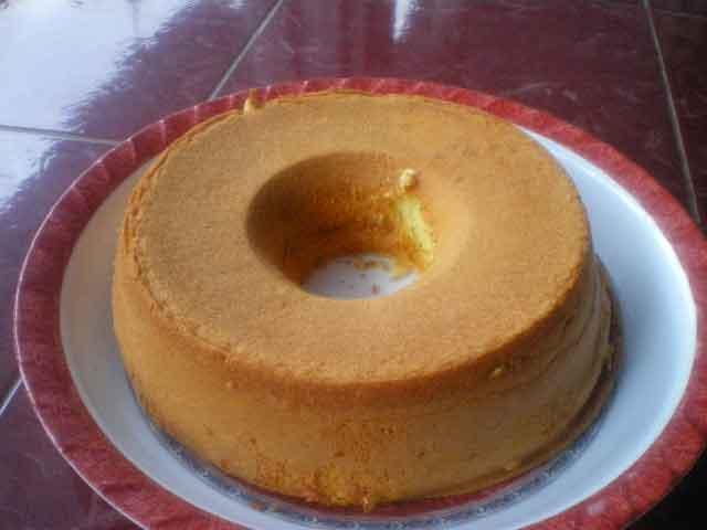... ada remahnya cake ini sederhana banget jaman dulu sering disebut bolu