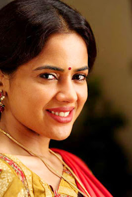 Sameera Reddy is bollywood actress