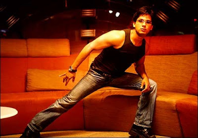 there are shahid kapoor is actor in  'Milenge Milenge' movie