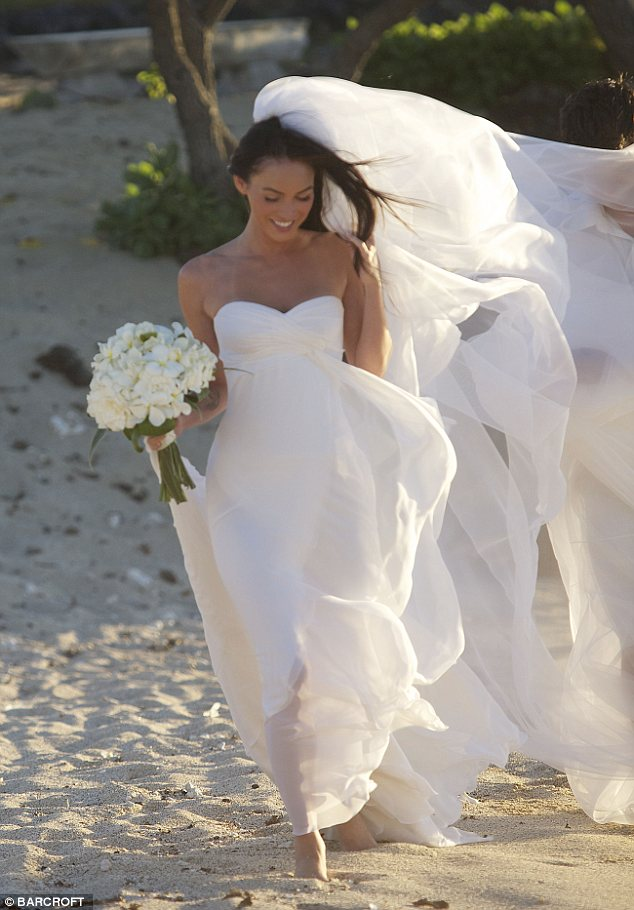 Megan Fox  bridal dress photos