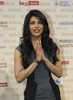 Shahrukh and Priyanka at Don 2 Berlin Press Conference