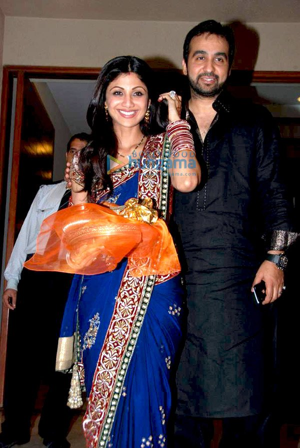 Shilpa Shetty and Raveena at David Dhawan's Karva Chauth Celebrations