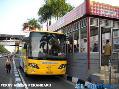 Halte Bus Trans Metro SAUM Pekanbaru