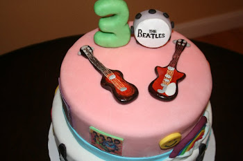 Hippie, Beatles Cake