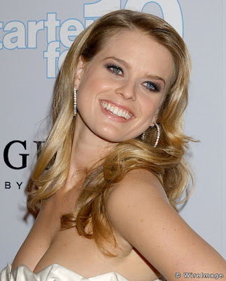Alice eve beautiful and cute photos