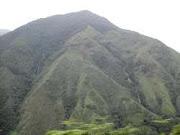 Montaña en la vía a Santo Domingo
