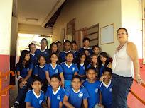 professora Telma com sua turma do 2º ano do CII