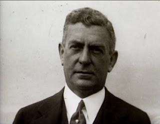 Чарльз Митчелл