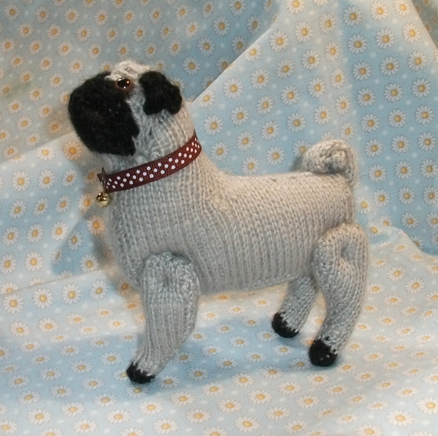 Knitted Pug Pattern : Super Cute Pugs on Pinterest Pugs, Pug Love and Shops