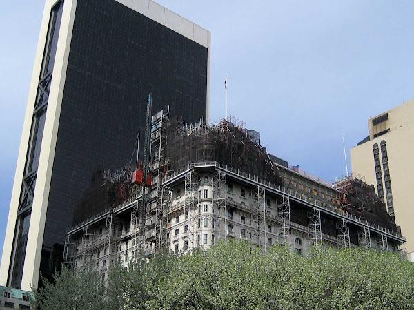 Plaza Scaffolding - Scaffolding on the Plaza condo-tel at 5th Ave. & Central Park So.