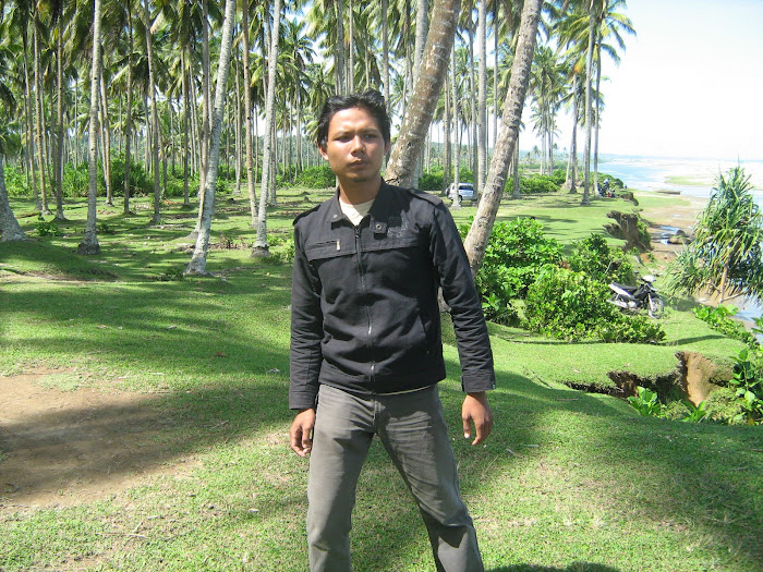wilian dalton di pantai Bengkulu