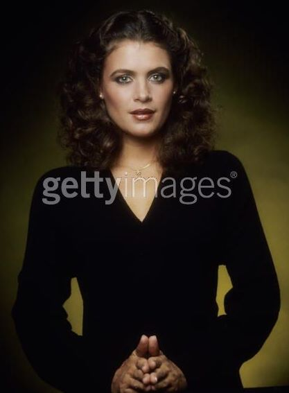 cindy margolis screensavers. Cindy+breakspeare+and+