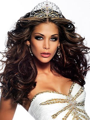 Dayana Mendoza of Venezuela Posted Image I'll photos soon