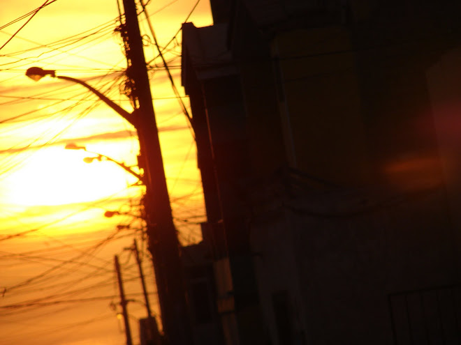 25,26,Ultimos Avistamientos,Esferas roja,naranja x Rodolfo Trujillo  Diaz, 2010 feb 25,cielo,