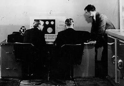 Turing przy pracy