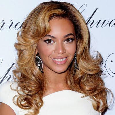 112310-Beyonce-400.jpg