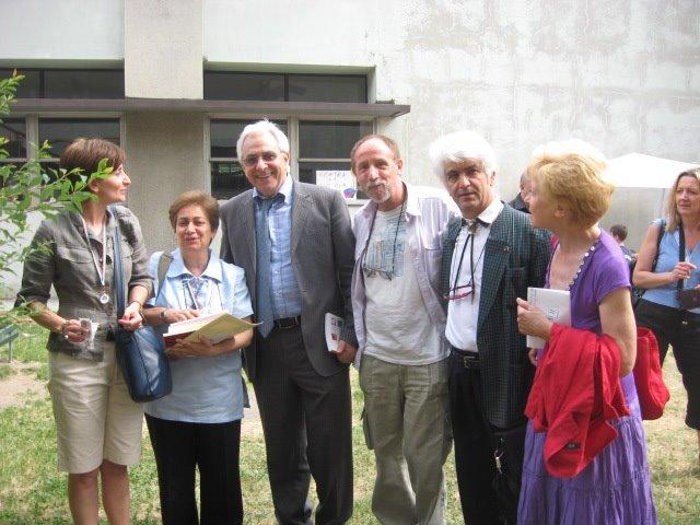 Oscar Internazionale della poesia vinto dalla Scuola E. Ferrario della Via Valdagno di Milano.
