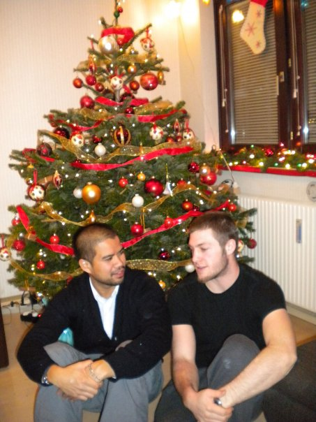 [vince+and+paul+xmas+09]