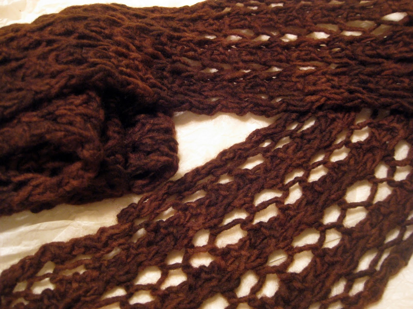 golden bird knits: Simple Lace Scarf Pattern