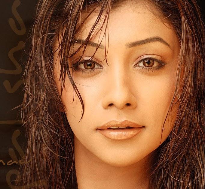 CelebsView: Deepal Shaw : Indian ActressCelebsView