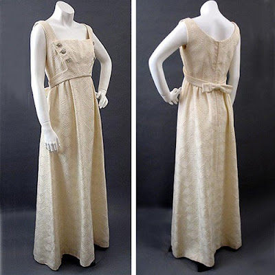 Intriguing 1960s Ivory Matelesse Evening Gown A lovely 1960s dress for the