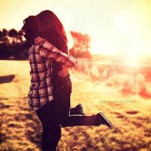 """""""Amor se llama el juego en el que un par de ciegos juegan a hacerse daño"""""""