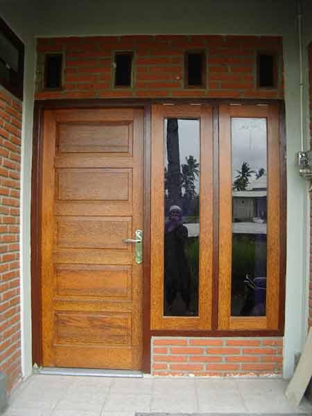 Pintu dan Jendela Ruang Tamu dari kayu kelapa