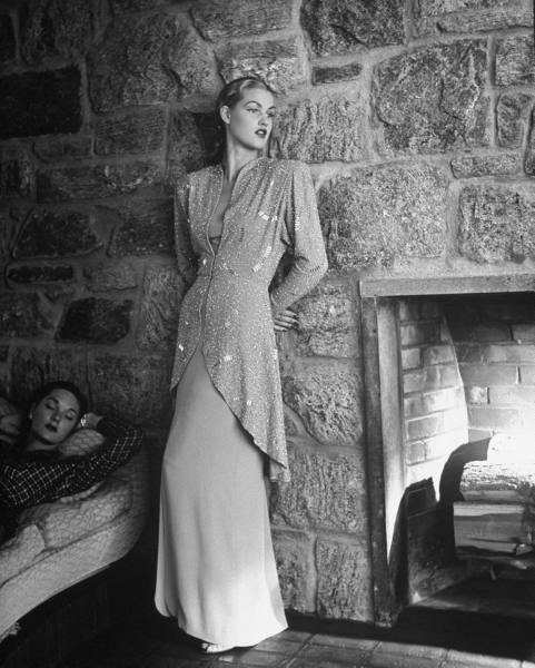[evening+gown+by+fireplace]